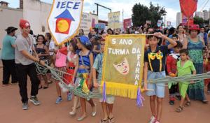 carnaval-destaque-300x176 Bloco Unidos da Casa Escola desfila nesta quinta-feira